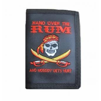 cartera-con-cadena-pirate-rum