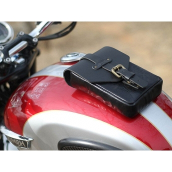 TRIP MACHINE TANK BAG WITH BLACK MAGNET