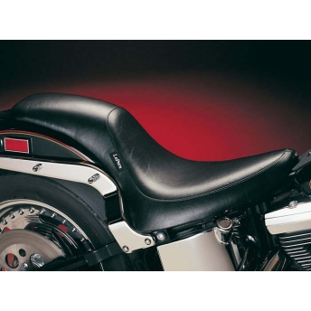 SEAT SILHOUETTE SOLO SMOOTH HARLEY DAVIDSON SOFTAIL 06-17