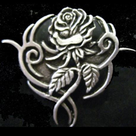 pin-tribal-rose